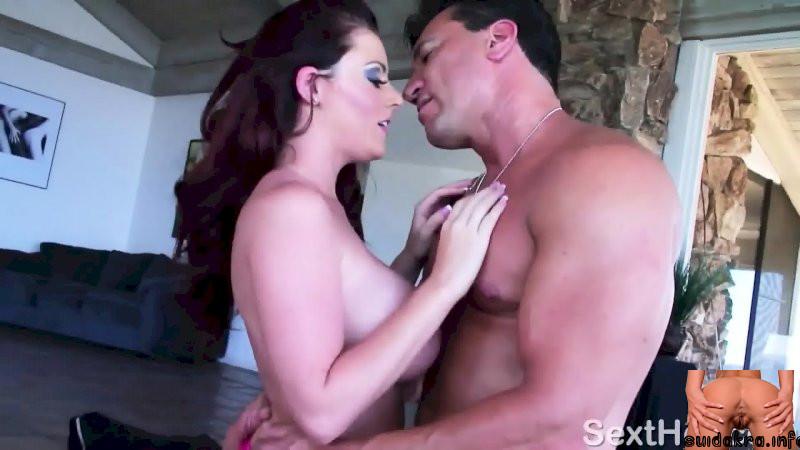 scene sophie eporner giving sex