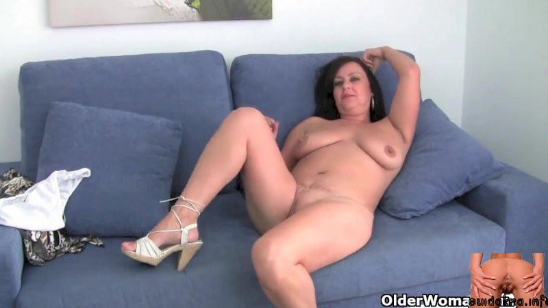 sex mature huge xxx boobs