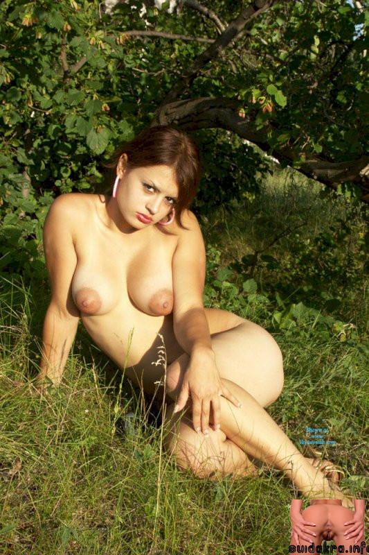 amateur naked hanging legs huge brunette woman exposed
