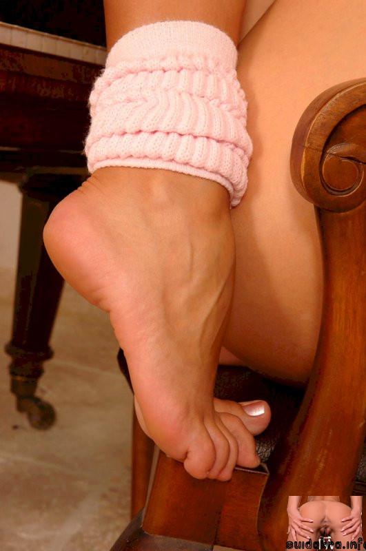 friday today legs zafira feet fetish babe sandra fantastic cam pornpics foot shine lesbian