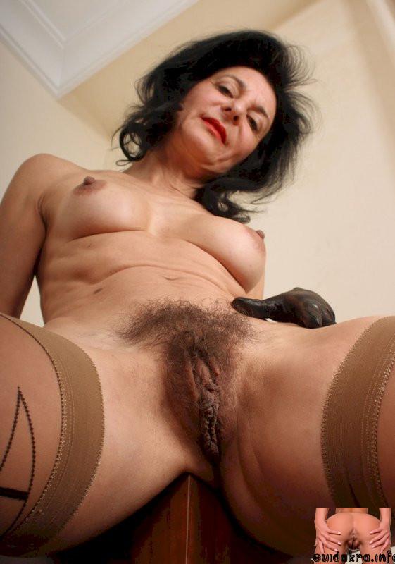 hairy milf pussy lingerie