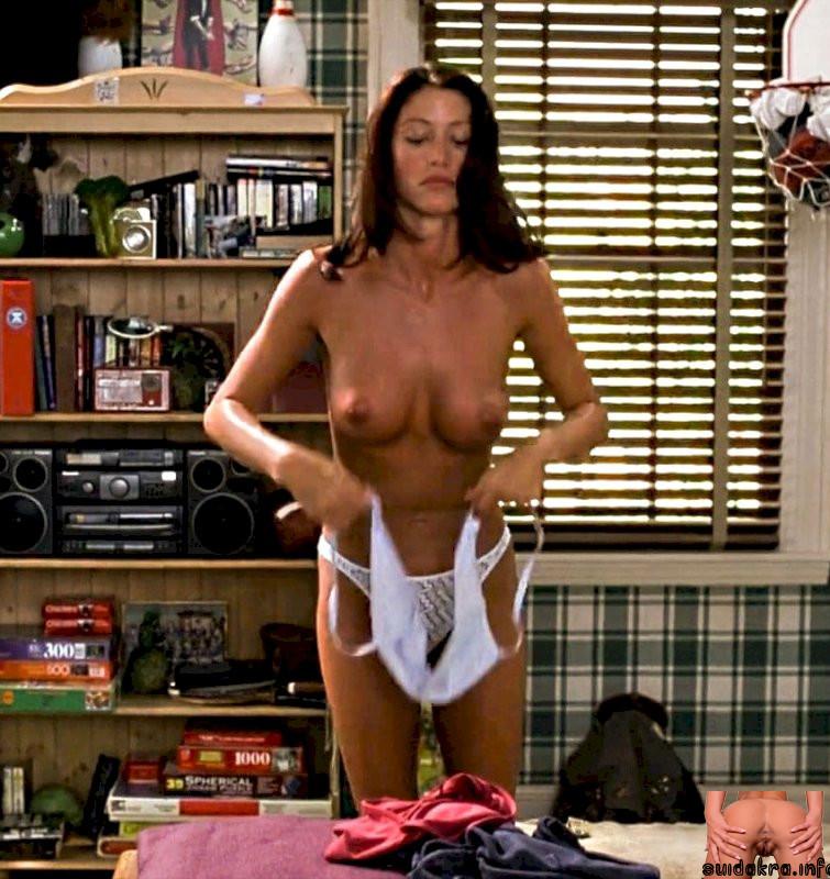 xxx daily shannon elizebeth naked
